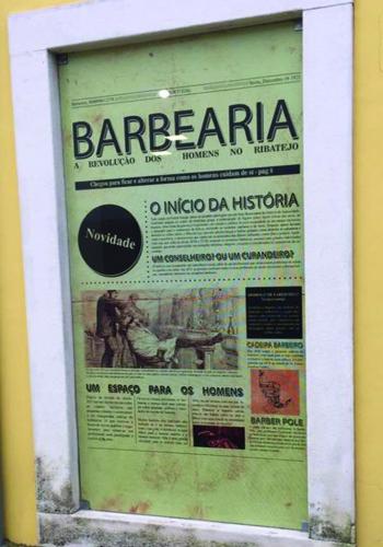 Decoração de Montra para a Barbearia Casablanca