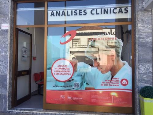 Decoração de Montra personalizada para a Fernanda Galo Laboratórios